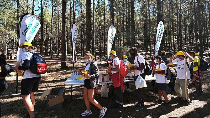 El Camino de los Valores recorre la Cumbre en apoyo de los menores