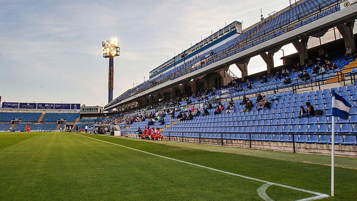 Health authorized the entry of 1,000 spectators in the Hercules-Atzeneta on October 25.  |  ALEX DOMÍNGUEZ