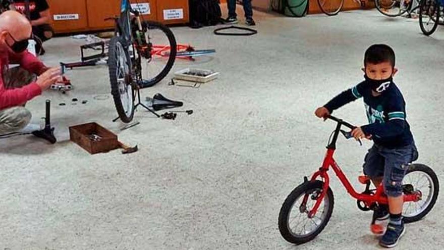 Bicicletas necesarias, razón aquí