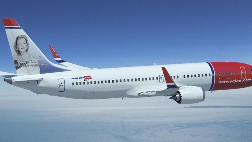 Un Boeing 737 MAX de la compañía Norwegian.