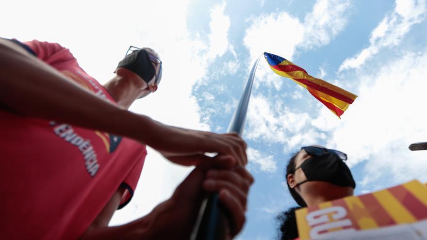 Un jove independentista denuncia una agressió ultra durant la Diada al centre de Barcelona