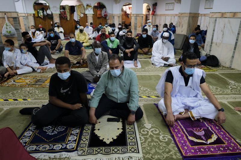La comunidad musulmana celebra el fin del Ramadan