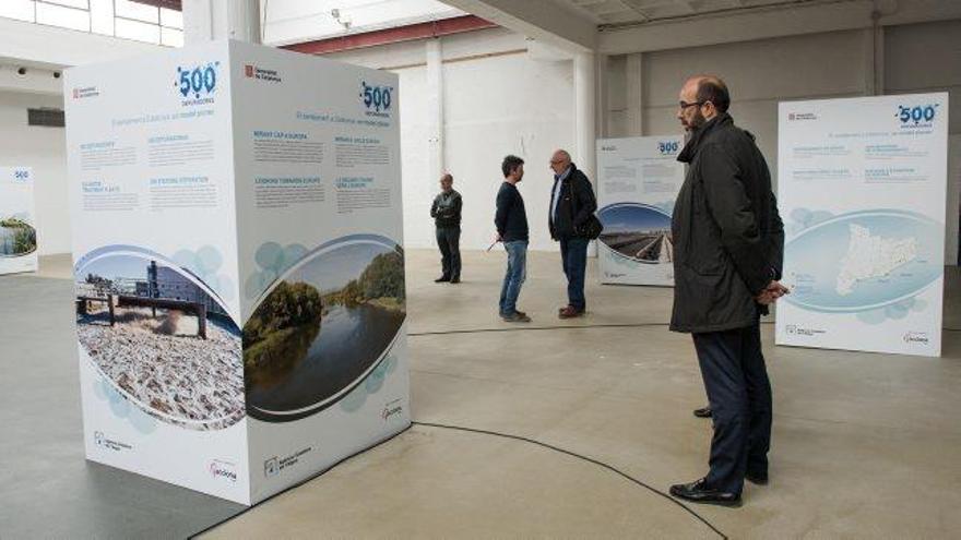 Una exposició al Palau Firal explica el sanejament al país