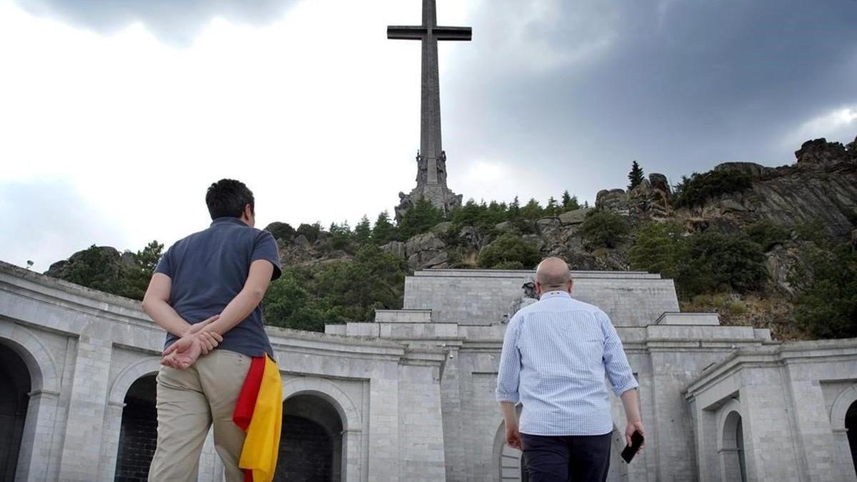La familia de Franco se hará cargo de los restos del dictador