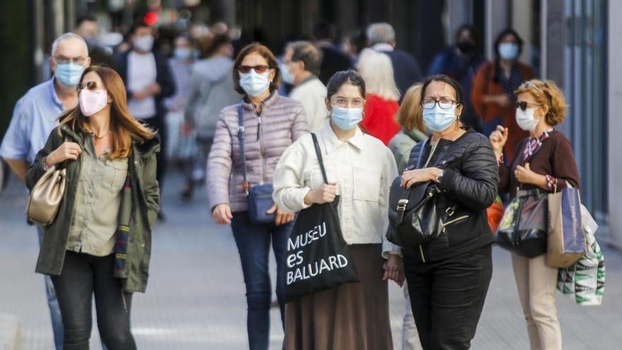 España suma 19.979 nuevos contagios  y 401 muertes desde el viernes