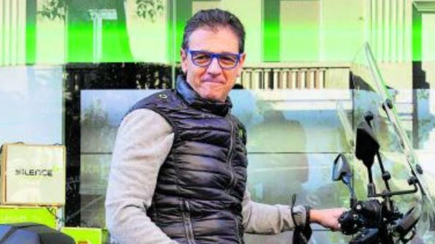"""Carlos Sotelo: """"Hemos hecho del mundo un garaje, cerrado y con el motor en marcha"""""""