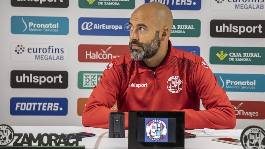 """Movilla: """"El Racing de Ferrol es un equipo con más jerarquía que el Guijuelo"""""""
