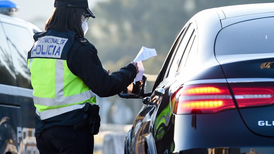 Intervenidos casi 600 permisos de conducir venezolanos falsos y 436 detenidos, 46 de ellos en Tenerife
