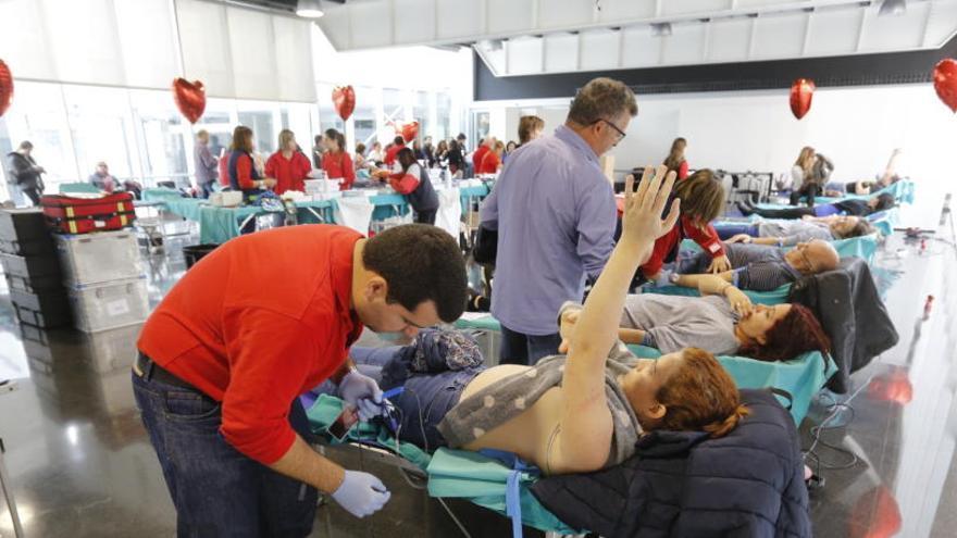 Taxi gratis en la maratón de donación de sangre