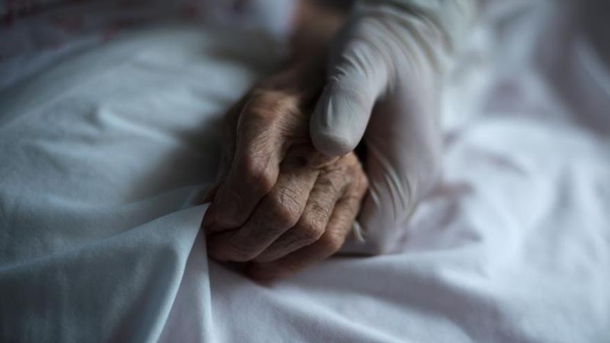 Vuelven las visitas de familiares a las residencias de la Región de Murcia