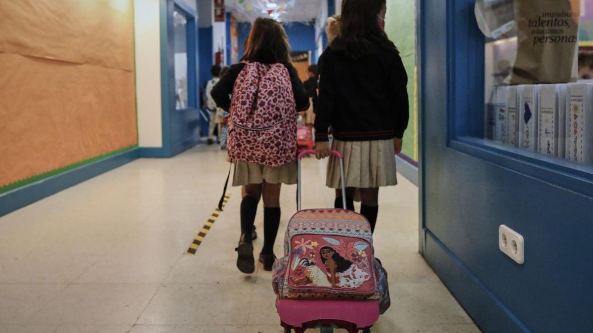 Contagiados de coronavirus 733 alumnos y 114 profesores de Castellón