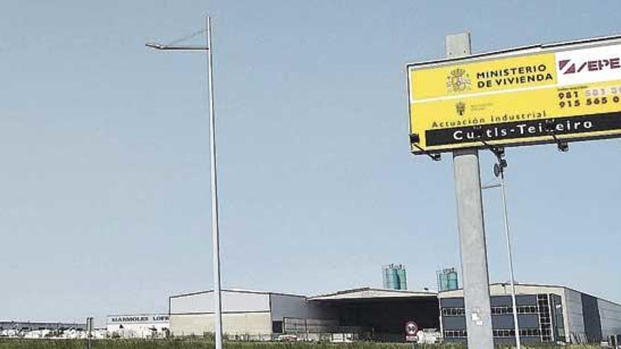 La subasta del Estado para vender 15 solares en el polígono de Teixeiro queda desierta