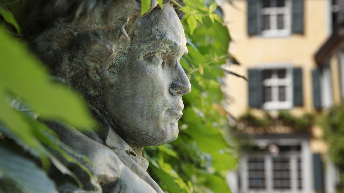 Bust of Ludwig van Beethoven.