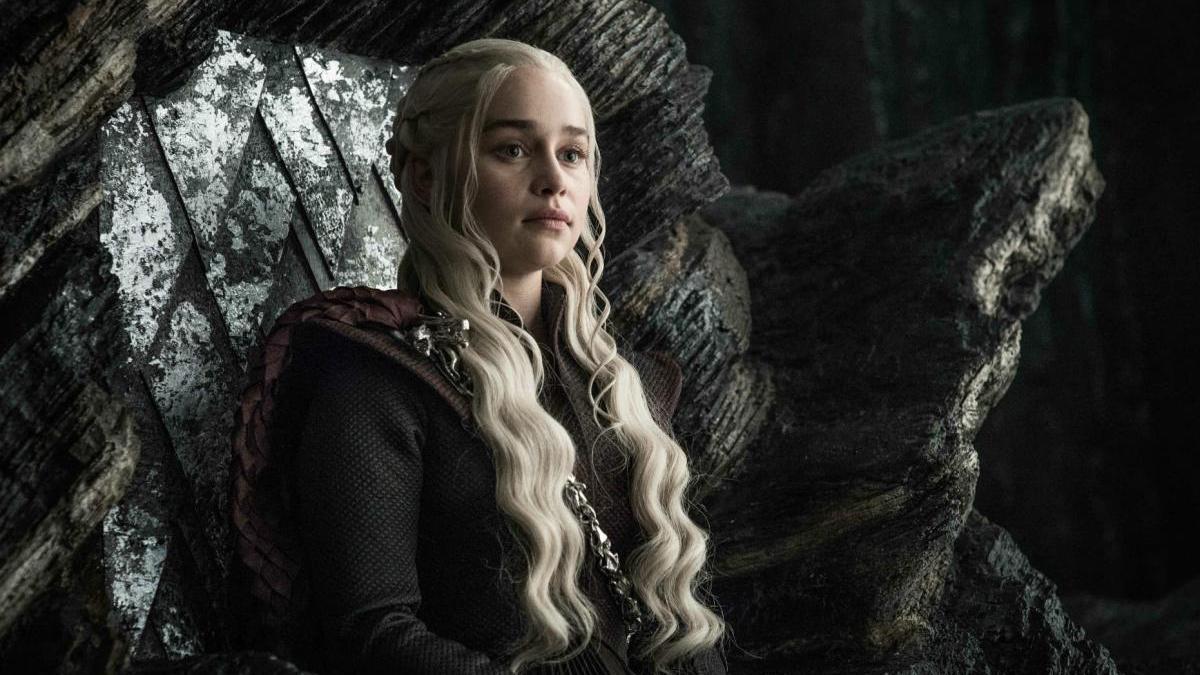Emilia Clarke, como Daenerys en 'Juego de tronos'.