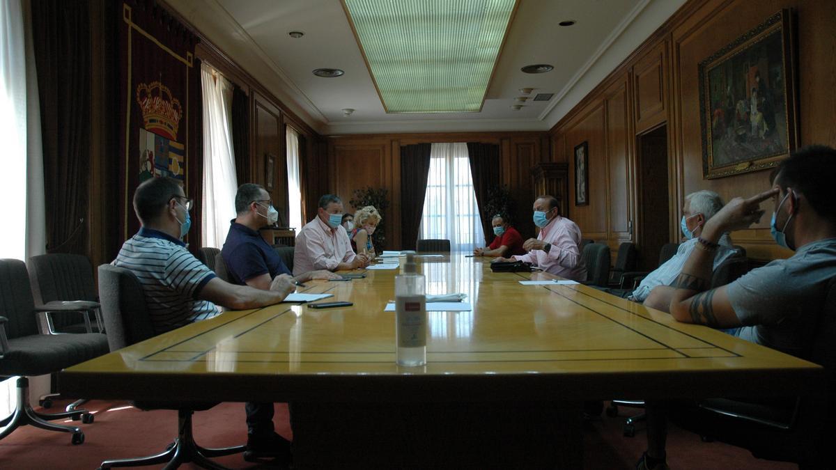 Reunión mantenida en Diputación Provincial.