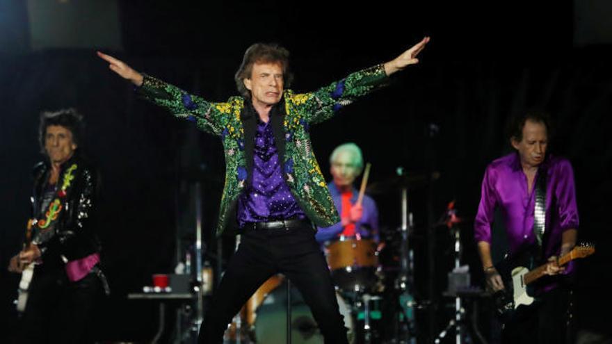 Los Rolling Stones lanzan su primera canción inédita en 8 años: 'Living in a Ghost Town'