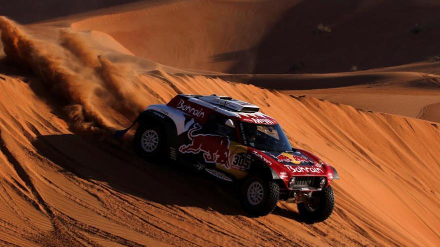 Carlos Sainz conquesta a l'Aràbia Saudita el seu tercer ral·li Dakar