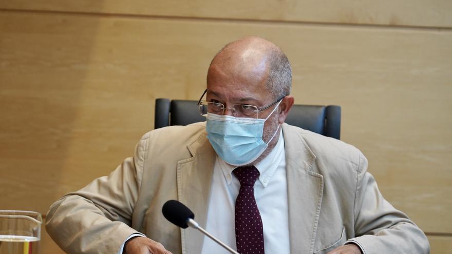 Igea evalúa el pacto para la recuperación en Castilla y León: 9 medidas finalizadas, 72 en marcha y 5 sin iniciar