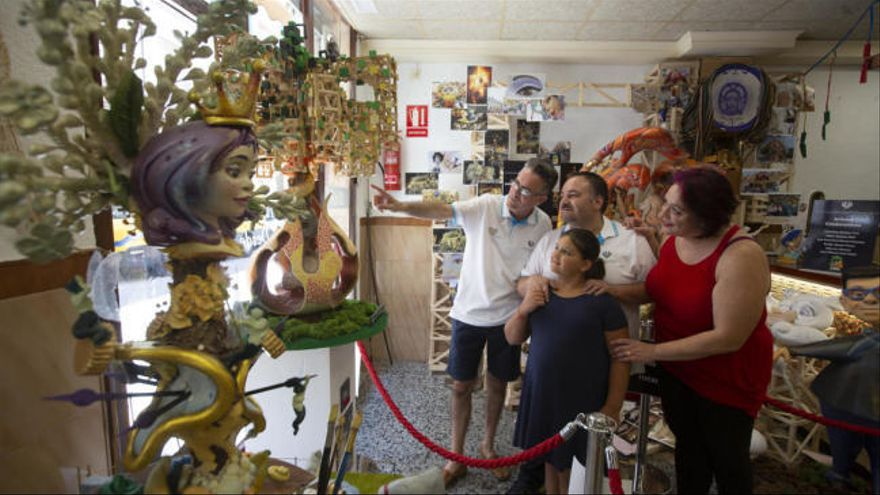 Exposición de Gómez Fonseca en apoyo a los artistas de Hogueras ante el covid-19