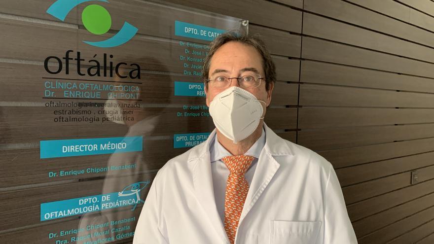 Doctor Enrique Chipont, director del equipo médico de Oftálica Clínica Oftalmológica de Alicante y especialista en oftalmología pediátrica y estrabismo /  Oftálica