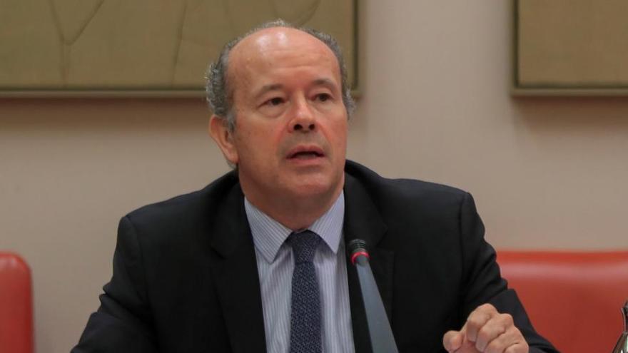 Campo, sobre Sànchez i Cuixart: «Creu que el govern pot anar-hi i obrir les cel·les?»