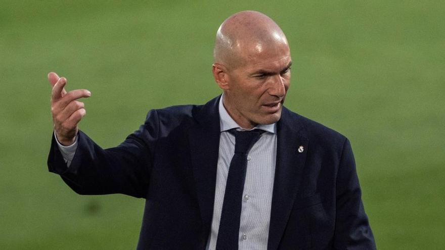 """Zidane: """"Bale ha preferido no jugar, es un tema personal"""""""