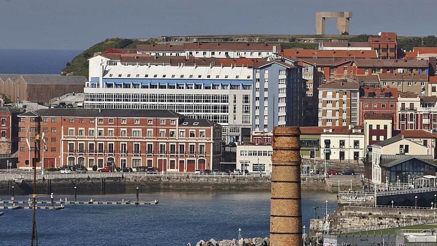 El Ayuntamiento acelera el hotel de cinco estrellas en la antigua sede del Puerto
