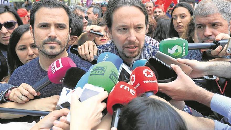 Sánchez no cede a la coalición que reclama Iglesias