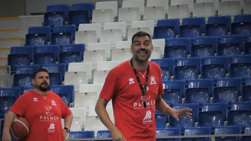 """Álex Perez: """"Tenemos muchas ganas de empezar la Liga, de competición"""""""