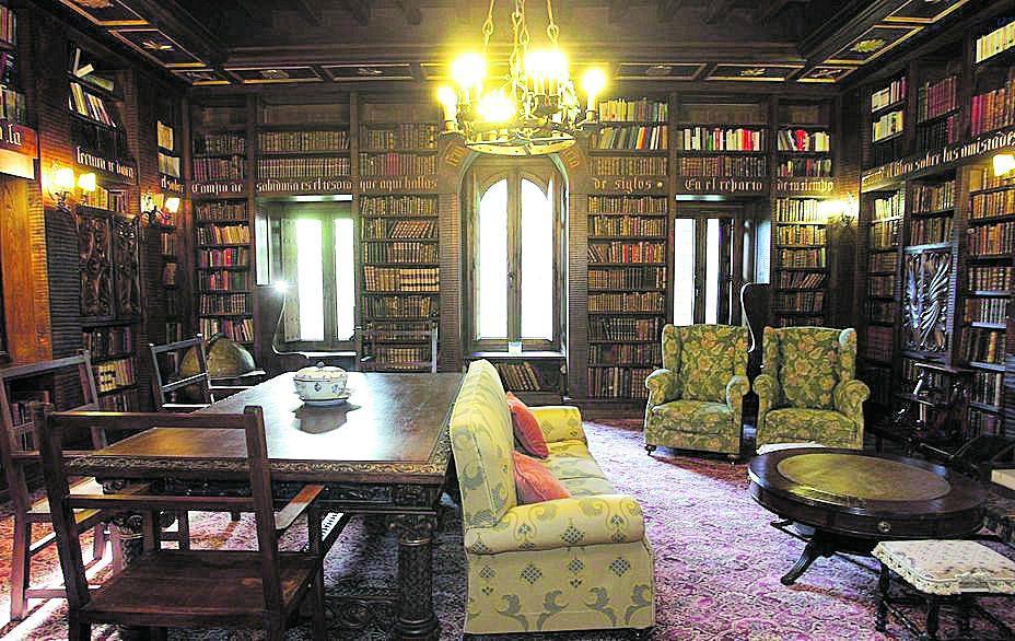 La biblioteca del inmueble.// Conchi Paz