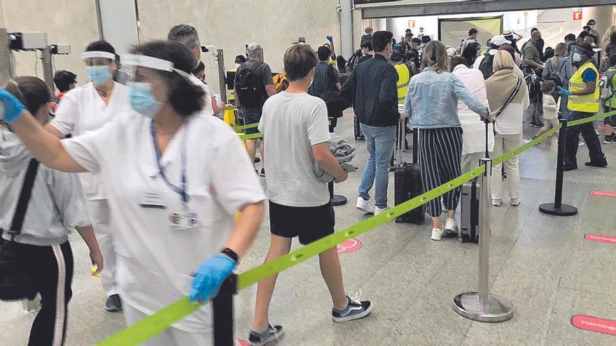 Hoy llegan a Mallorca entre 600 y 800 pasajeros procedentes de países de riesgo