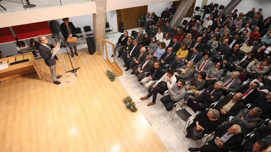Reencuentro Mérito Civil al «Open Arms» y reunión  de la primera Corporación democrática en Crevillent