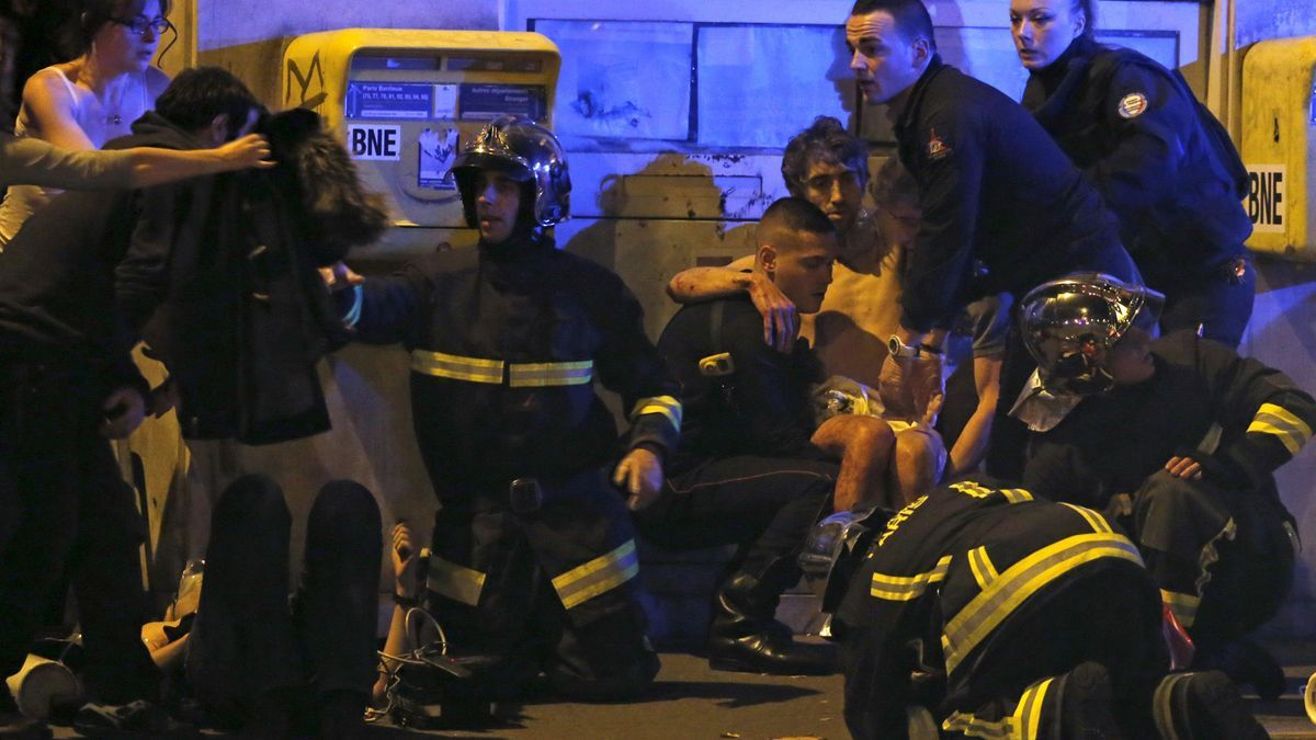 Intervención policial en los atentados de Bataclan.