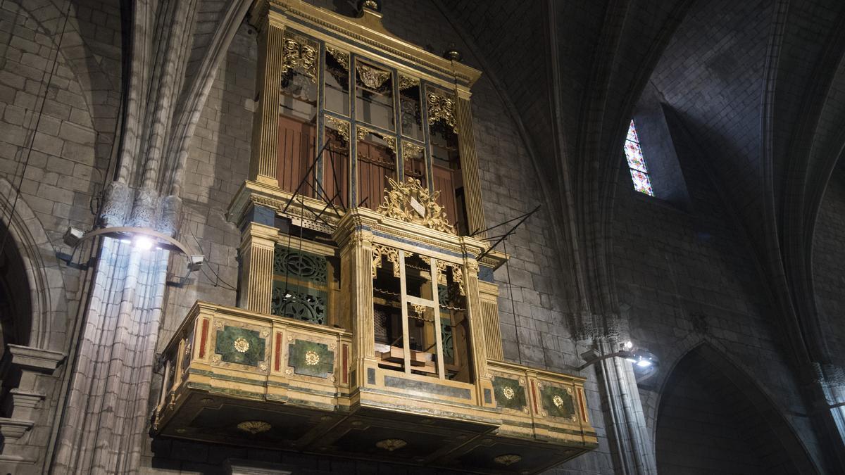 L'orgue de la catedral de Solsona encara està immersa en la seva restauració