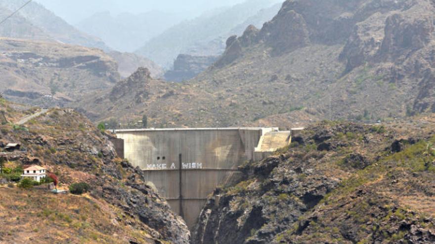 Salvar Chira-Soria pide a la ULPGC que valore el proyecto de la central