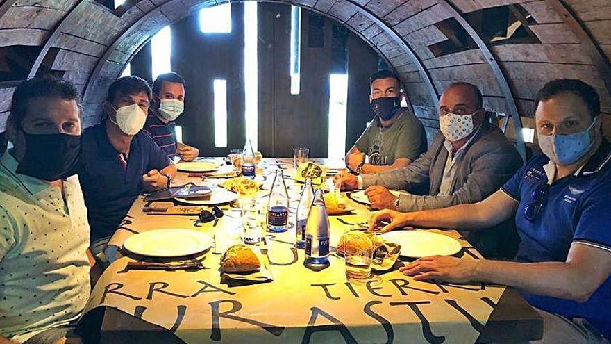 """""""Asturias con H"""" visita los locales afectados por casos de covid-19"""