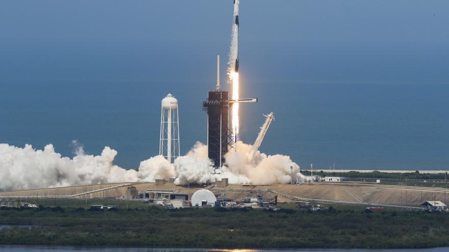 El nuevo objetivo de SpaceX: un cohete para transportar pasajeros más allá de Marte