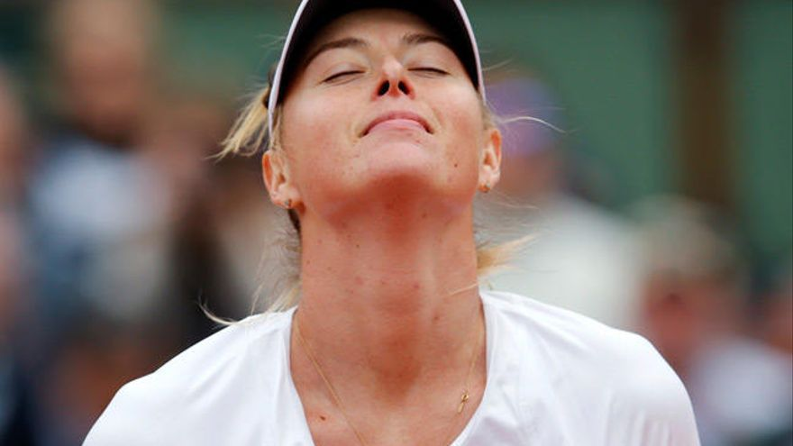 El TAS rebaja la suspensión de María Sharapova