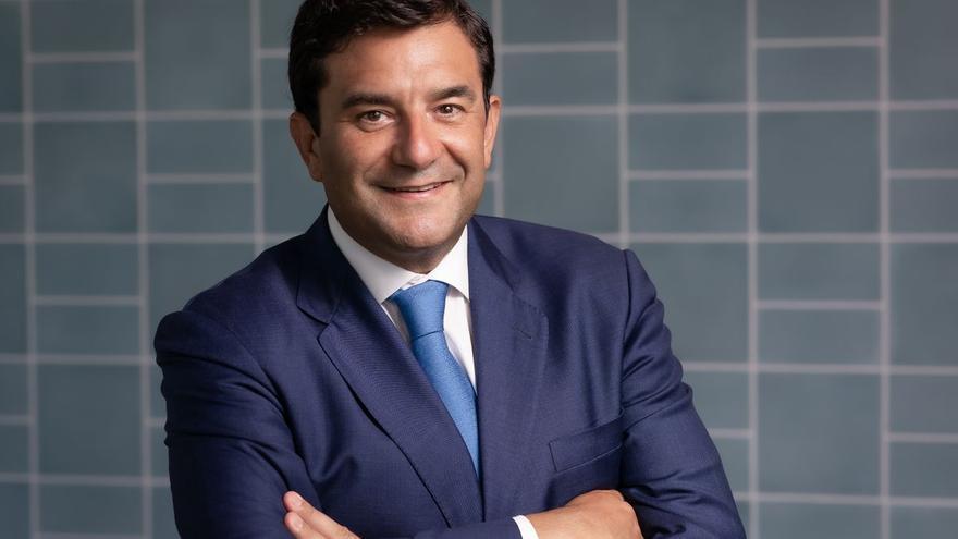 """César Cernuda (NetApp): """"El compromiso es facturar 1.000 millones en cloud en 2025"""""""