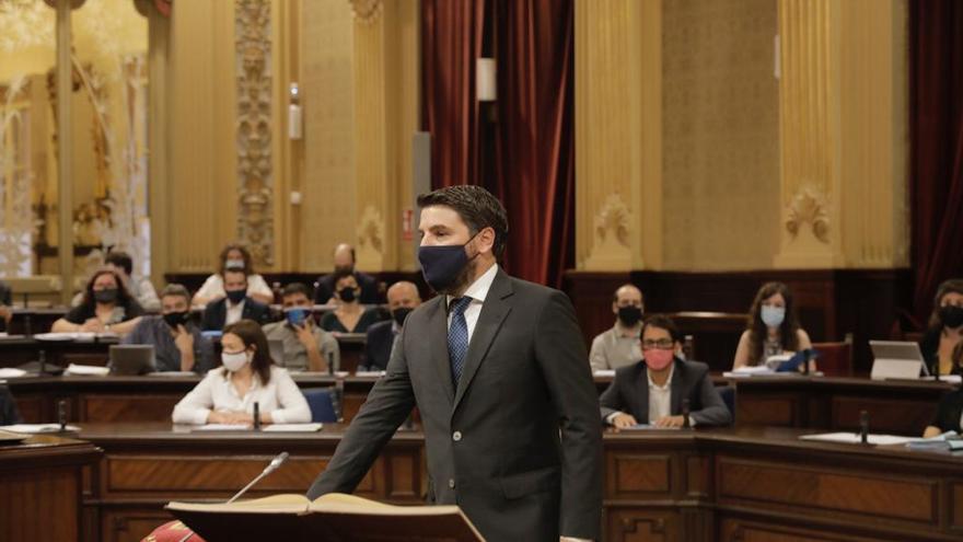 Toma posesión como diputado del PP Javier Bonet