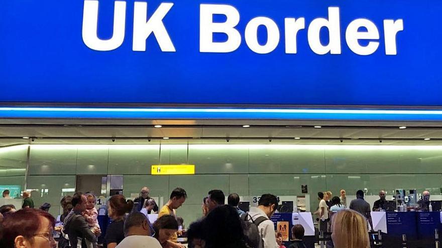 La UE advierte al Reino Unido sobre las detenciones de europeos en la frontera