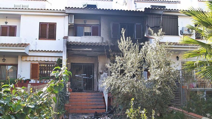Seis años de prisión por incendiar la casa del vecino que denunció a su padre