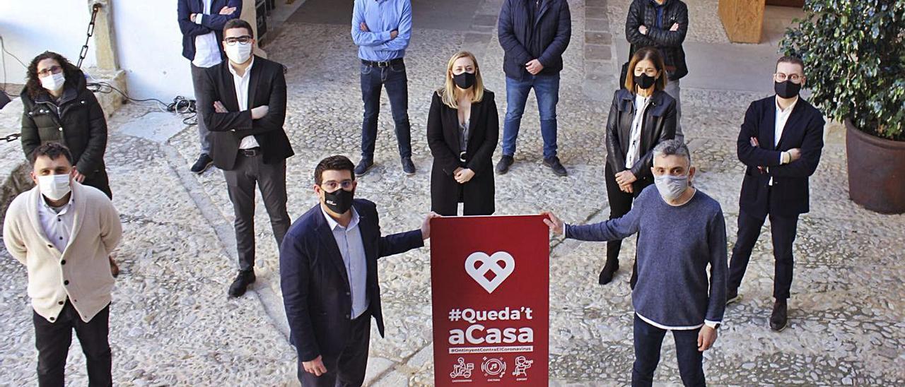 Rodríguez, regidores y los sectores implicados en la presentación de la campaña, ayer. | LEVANTE-EMV