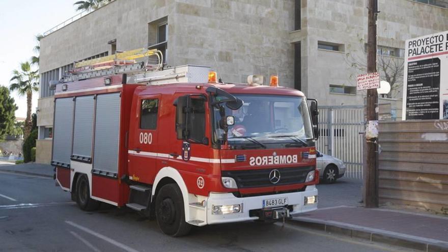 El año comienza con dos incendios en La Manga y en La Alberca