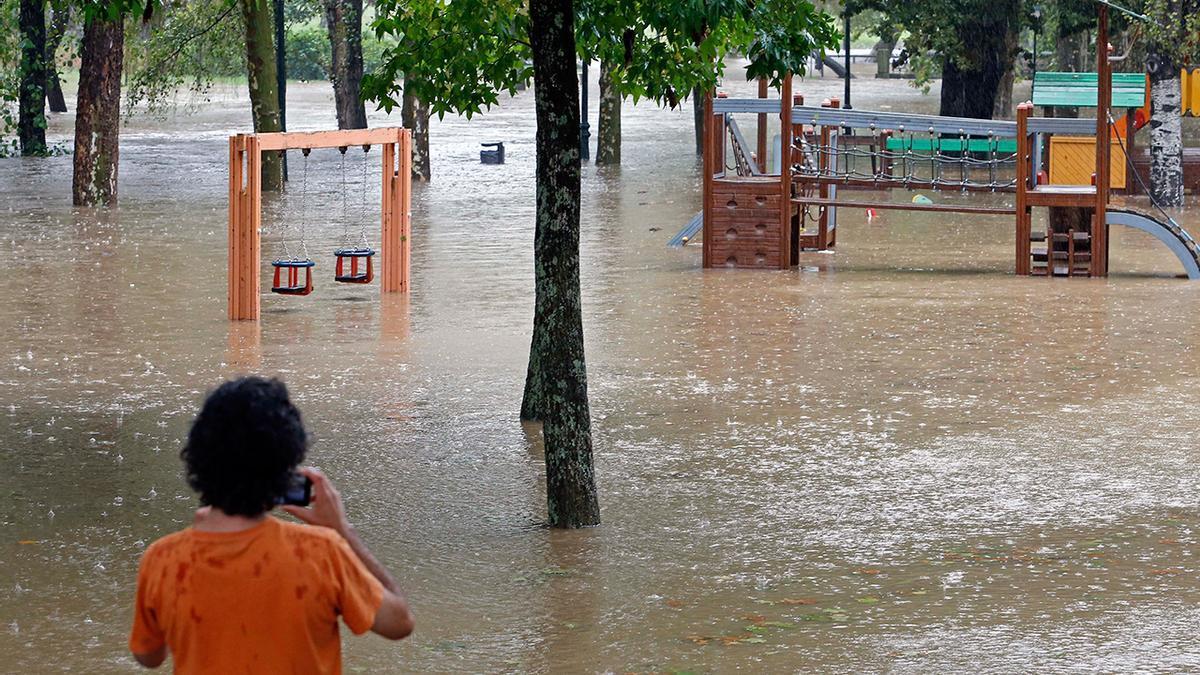 Inundación del río Lagares en 2016 a su paso por Castrelos
