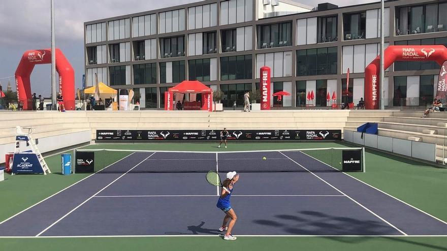 Los mejores tenistas juveniles disputan el Máster del Rafa Nadal Tour by Mapfre