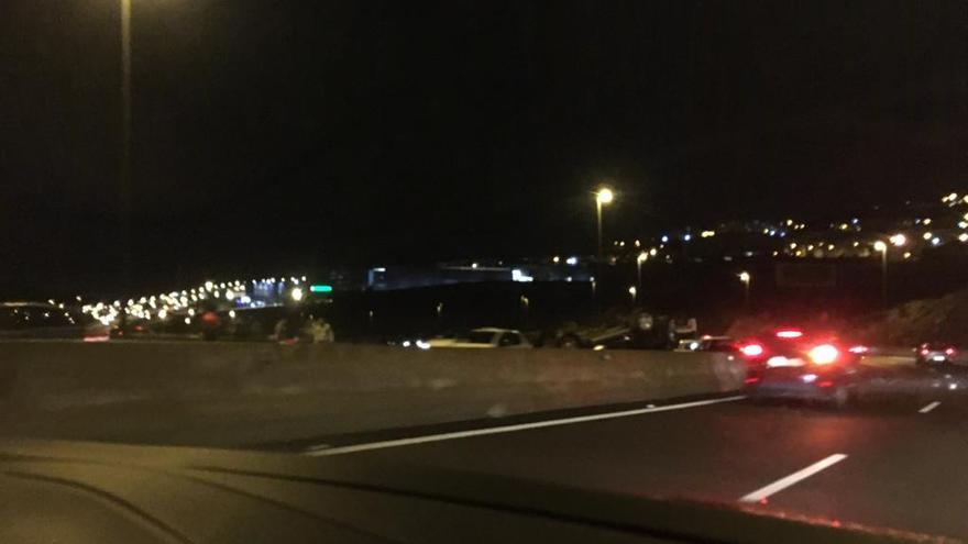 Vuelco de un coche en Tenerife