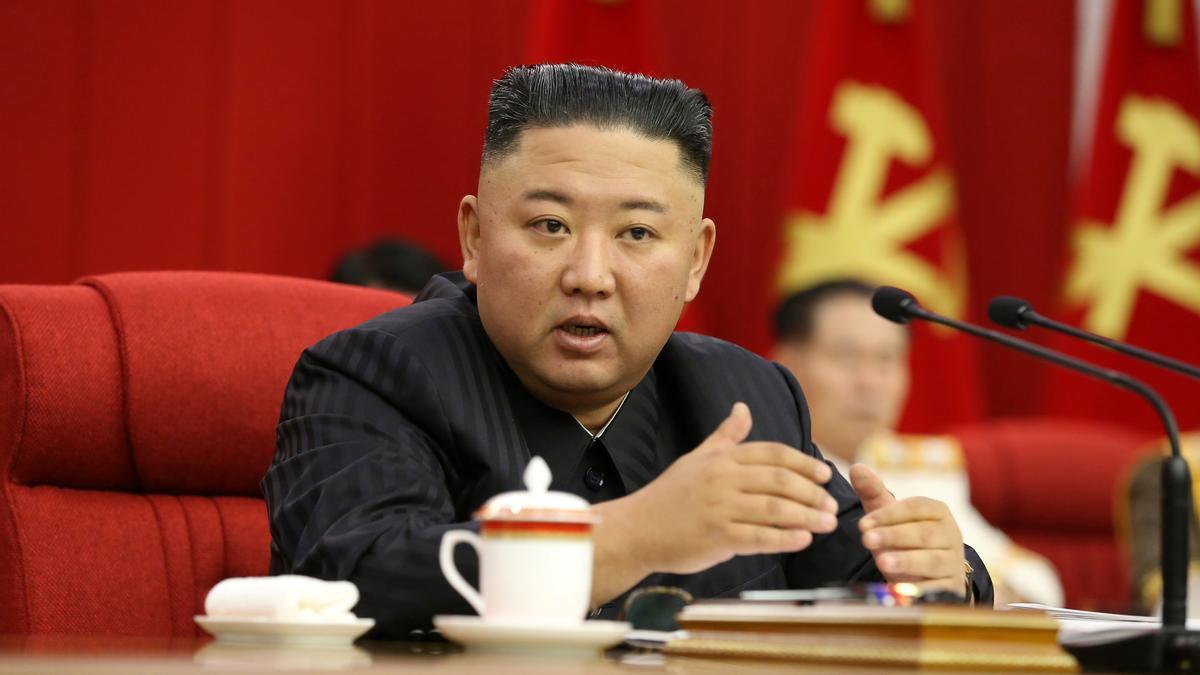 El líder de Corea del Norte, Kim Jong Un, reconoce que habrá problemas para alimentar a la población