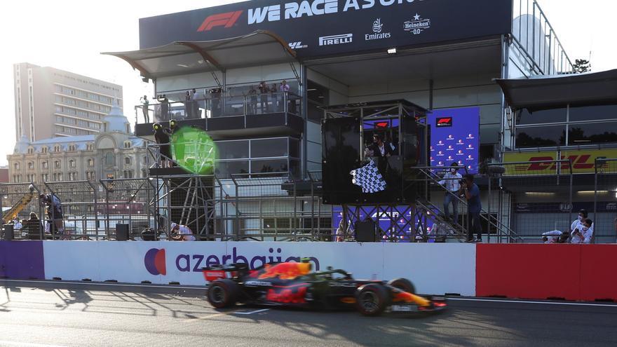 Sergio Pérez gana el Gran Permio de Azerbaiyán