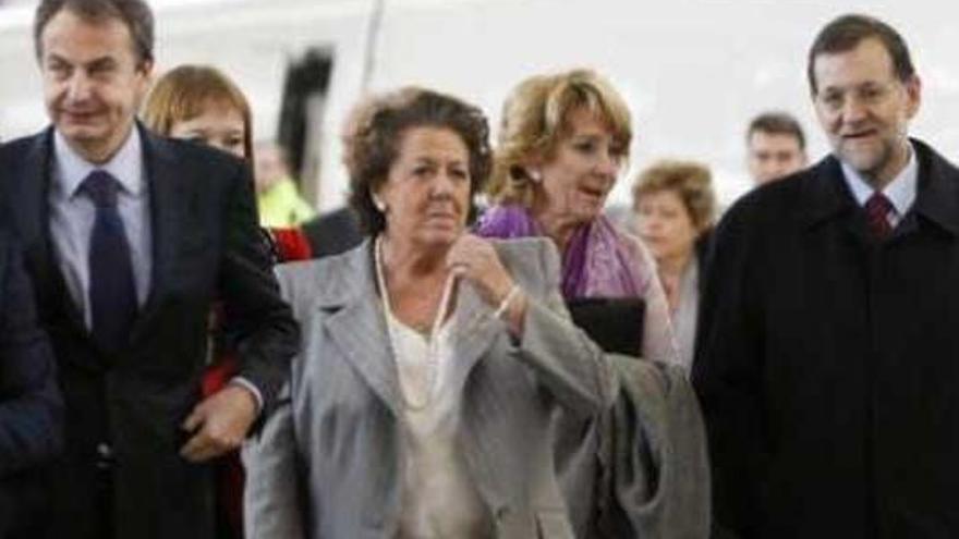 Foment convida per error Rita Barberá a la inauguració de l'AVE Castelló-Madrid